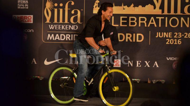 Salman Khan, Shilpa Shetty, Anil Kapoor at IIFA press conference