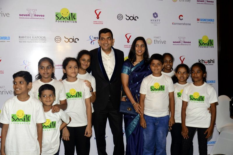 Master Chef Sanjeev Kapoor was also seen at the glamorous occasion.