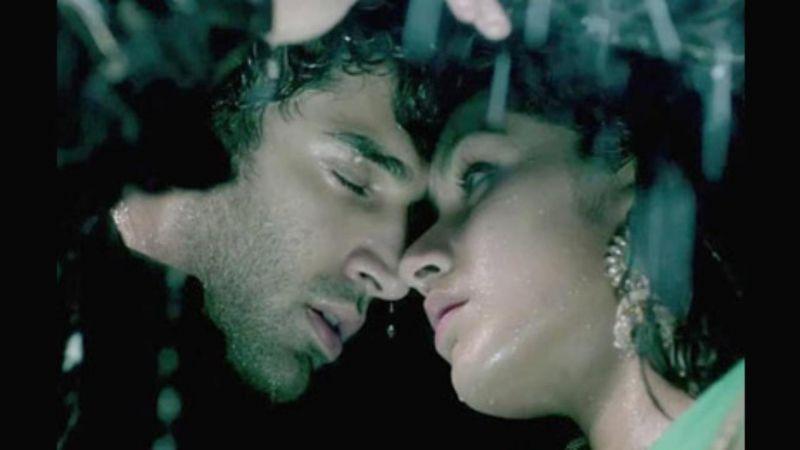 Shraddha Kapoor and Aditya Roy Kapoor in 'Aashiqui 2'.