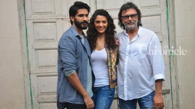 Harshvardhan Kapoor and Saiyami Kher, who would both be making their Bollywood debut in the Rakeysh Omprakash Mehra direced 'Mirzya,' were snapped post an interview. (Pic: Viral Bhayani)