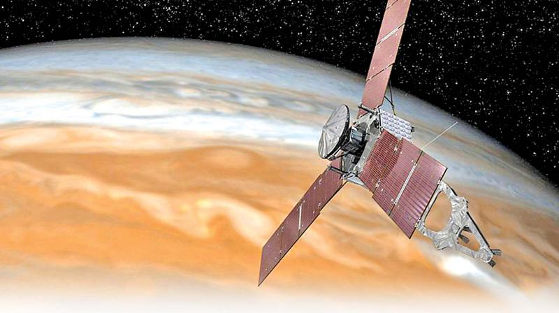 NASA's Juno spacecraft changes plans after engine troubles