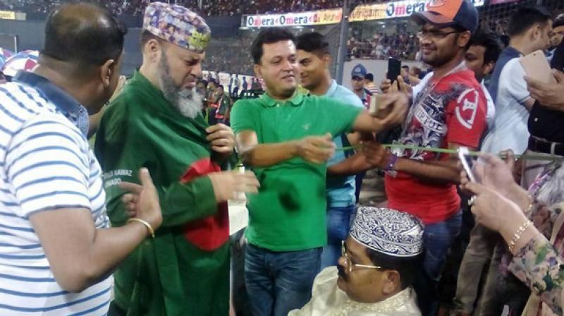 There are allegations that Bashir was forced to wear the Bangladesh flag after his team's loss to Pakistan in Mirpur on Wednesday. (Photo: Facebook)