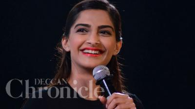 Sonam Kapoor attended the Kala Ghoda festival in Mumbai, where she spoke about her 'Raanjhnaa' co-star Dhanush, helping her shine under her father's shadow. Photo: Viral Bhayani