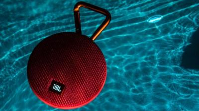 Nowdays waterproof wireless speakers have become better than ever. The top offerings will not only play your favourite music, but also charge your mobile devices, and even deliver additional functionality when connected to a smartphone app.