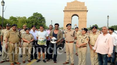 Bollywood actor Arjun Kapoor attended the 'Road Safety Awareness Campaign' by Delhi Traffic Police in New Delhi on Tuesday. Photo Viral Bhayai