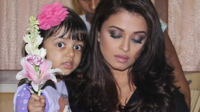 Bollywood beauty Aishwarya Rai Bachchan Aishwarya was photographed at a studio in Mumbai with her darling daughter Aaradhya. Photo: Viral Bhayani
