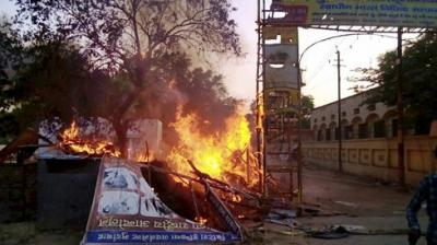 24 people, including an SP and an SHO, have been killed in a violent clash between police and members of a sect who had encroached on government land in Mathura. (Photo: AP)