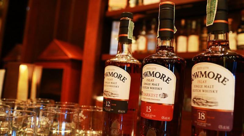 Kerala government drops online liquor sale plan