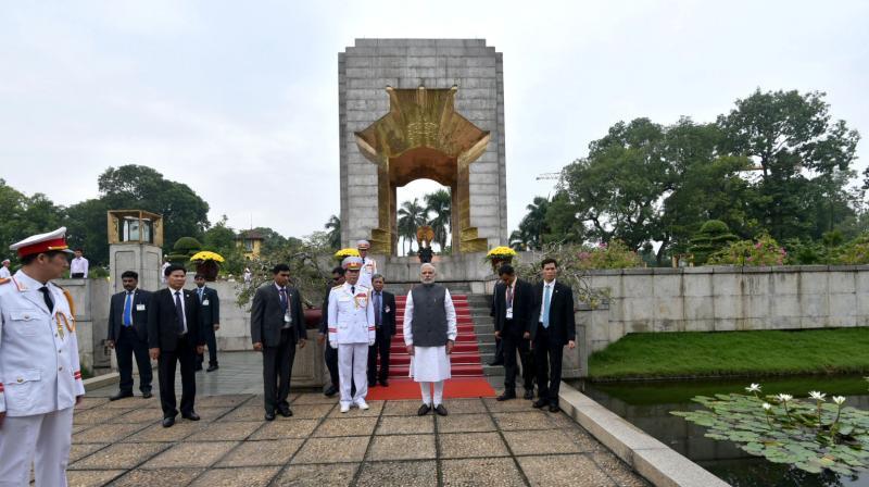 Modi leaves Vietnam for China
