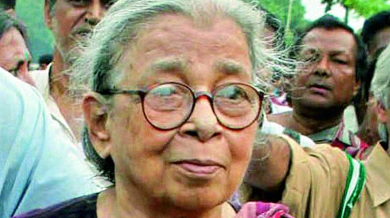 Mahashweta Devi, Indian writer, social activist, dies at 90