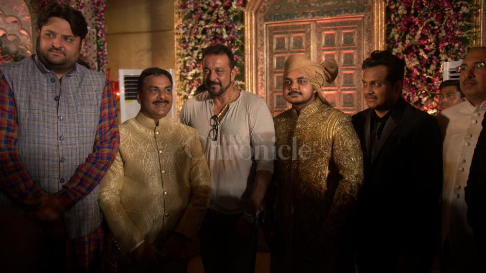 Naseem Khan Sanjay Jeetendra attend wedding reception of Congress MLA Naseem