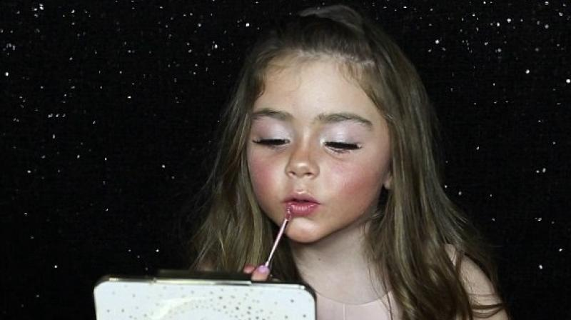 Watch Awesome Makeup Tutorial By Little Girl Goes Viral