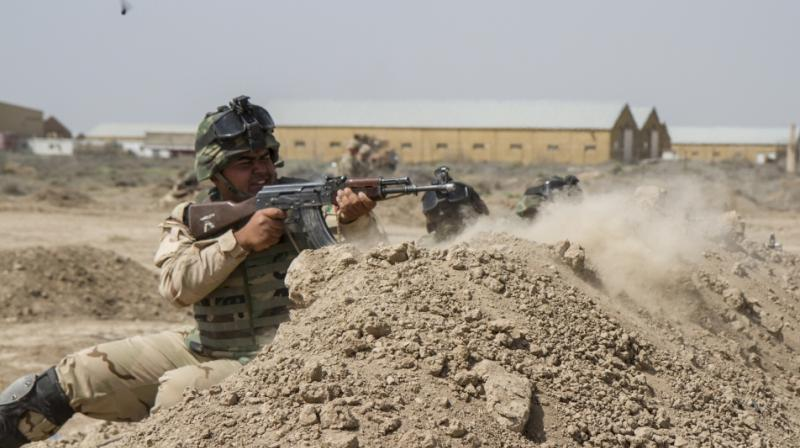 Iraq 'deploys troops to seize Mosul'