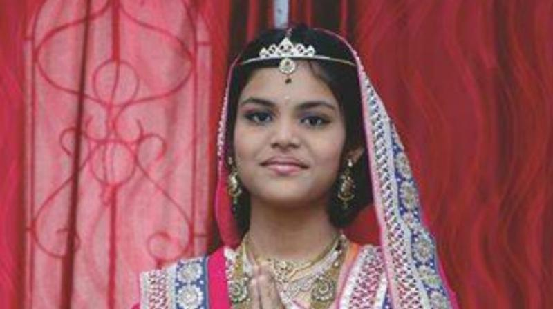 Parents of teen girl who died fasting investigated in India