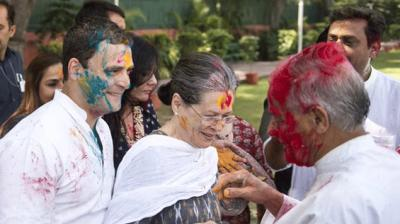 Sonia Gandhi and Rahul Gandhitoday celebrated Holi at the party headquarters in New Delhi. (Photo: Twitter)