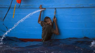 Italian naval ships and vessels from nongovernmental groups rescued thousands of migrants off the Libyan coast on Monday, the latest surge in desperate attempts to flee to Europe driven by war, poverty, and human traffickers.
