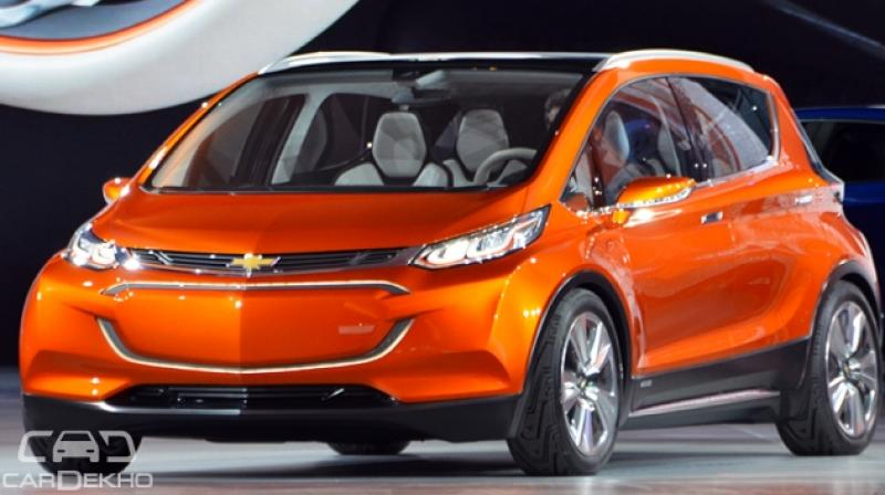 chevrolet bolt prices announced gm challenges tesla with competitive pricing. Black Bedroom Furniture Sets. Home Design Ideas