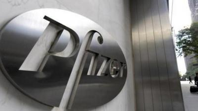 Pfizer decides against split-up; more deals seen likely