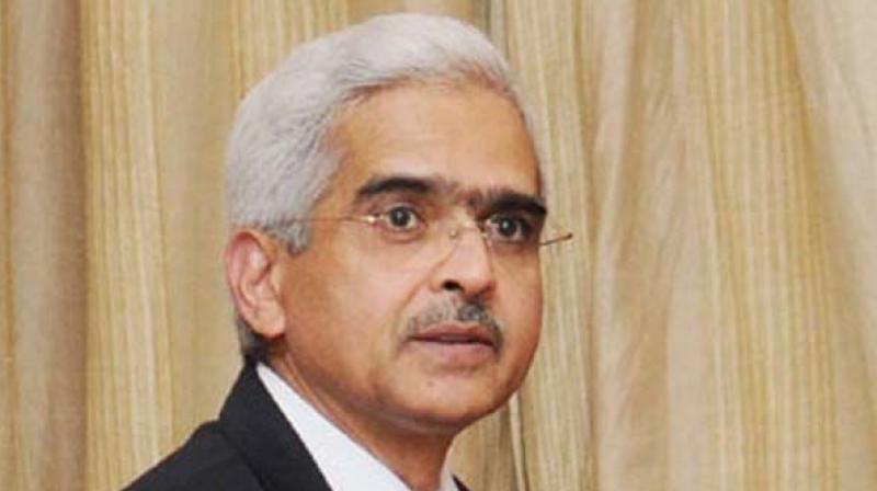 Raghuram Rajan says Rupee needs some more depreciation