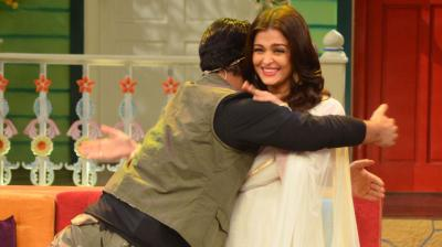 Aishwarya Rai Bachchan stopped by on the sets of Kapil Sharma's new comedy television show to promote her upcoming movie 'Sarbjit'. Photo: Viral Bhayani