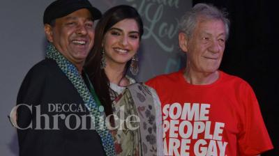 Hollywood actor Sir Ian Mckellen looked every bit the legend he is at the opening ceremony of Kashish MQIFF, where he was joined by actress Sonam Kapoor. Photo: Viral Bhayani