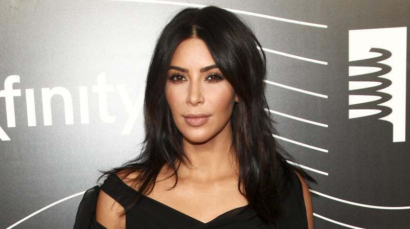 Khloe Kardashian breaks silence on Kim's robbery: 'She's not doing that well'