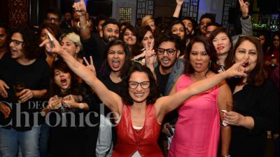 It might just be a few weeks since Adhuna Bhabani filed for divorce from her husband of 16 years Farhan Akhtar, but it looks like she is all ready to party with her pals. Photo: Viral Bhayani