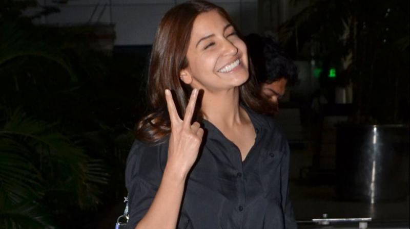 Anushka Sharma flew back home on Monday night, in time for her grand 'Sultan' trailer launch with Salman Khan today. Photo: Viral Bhayani