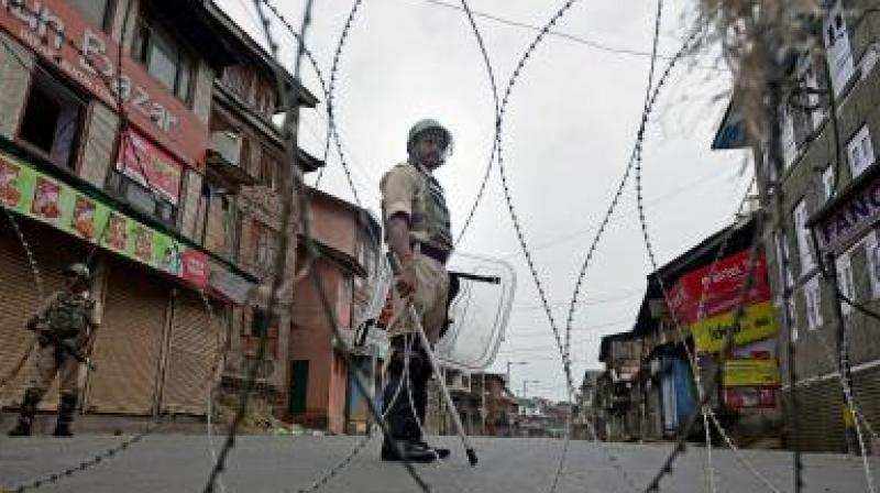 Kashmir: Curfew remains in force in parts of Srinagar