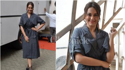 On Monday, Sonakshi Sinha stepped out looking fabulous as ever to promote her upcoming action drama 'Akira' in Mumbai. (Photo: Viral Bhayani)