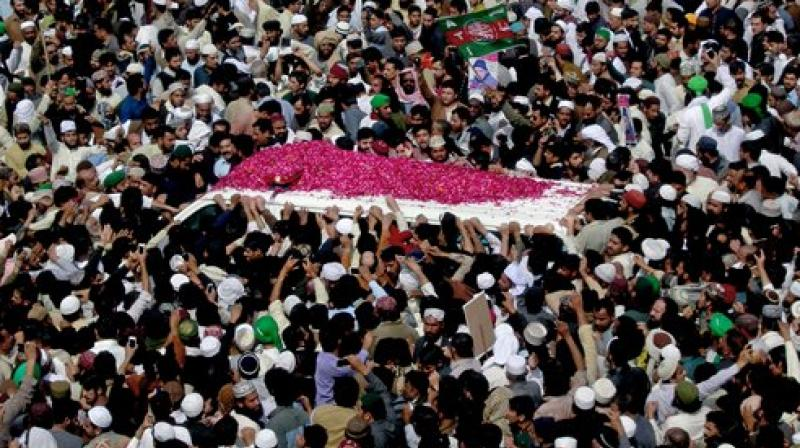 Pakistan steps up security for funeral of executed officer