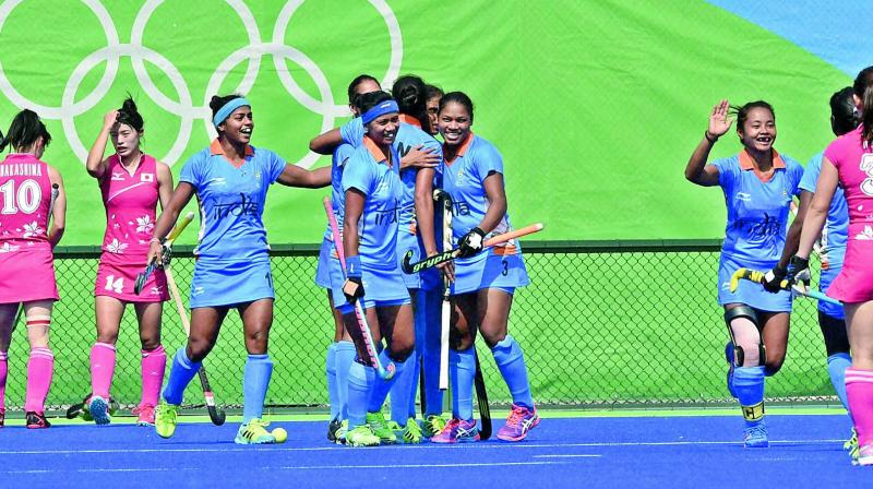 India start hockey campaign with victory over Ireland