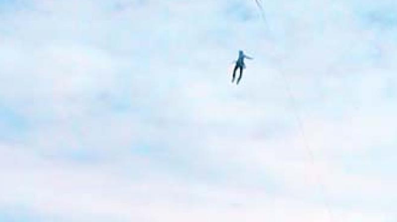 Coimbatore: Parasailer falls to his death