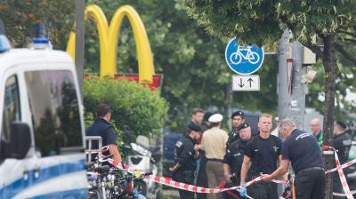 A teenage German-Iranian gunman killed nine people in a shooting rampage at a busy Munich mall and then committed suicide had likely acted alone.