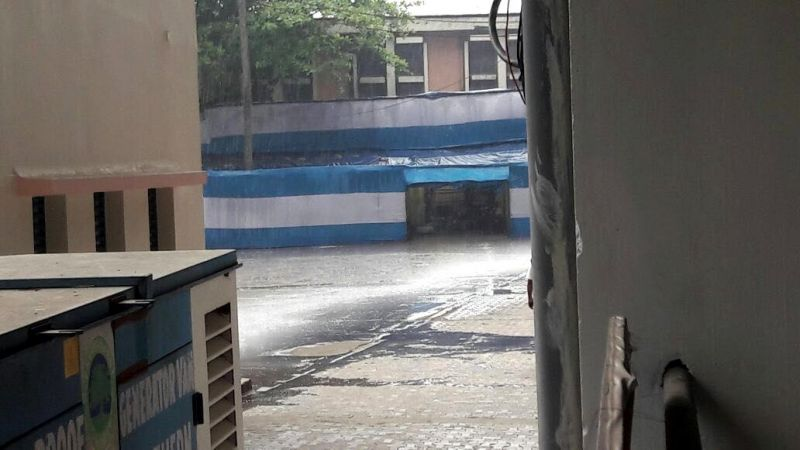 Kolkata woke up to heavy rains on Saturday morning. (Photo: Deccan Chronicle)