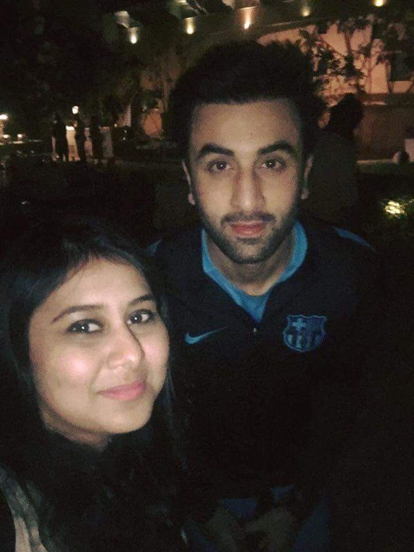After finishing his day's shoot, Ranbir posed for few pictures with his fans.