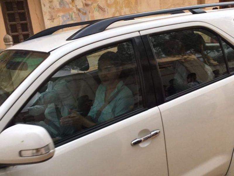 Anushka Sharma arrived in Rajasthan on Friday to resume 'Ae Dil Hai Mushkil's shoot.