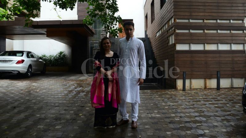 Imran Khan strikes a pose with wife Avantika.