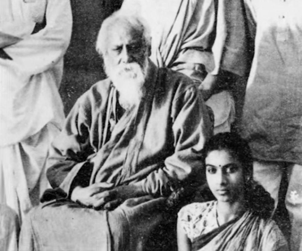 father and son by thakazhi sivasankaran pillai Vikram- ponni's son 2  pakshi lakshmana sastry- his father's friend  the farmer- thakazhi sivasankaran pillai characters.