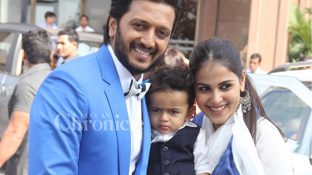 Riteish And Genelia, Who Are Also Expecting Their Second Child, Were All  Smiles At