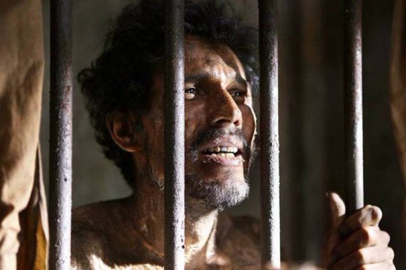 Randeep Hooda plays the role of Sarabjit in the film.