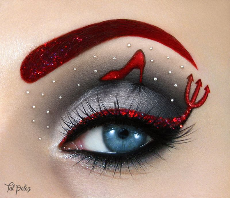 Makeup Artist Uses Eyes As Canvas For Beautiful Art Work