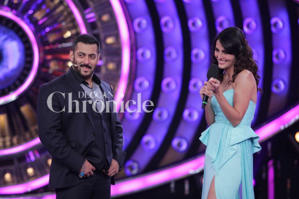Bigg Boss 9 Finale: Katrina and Aditya promote 'Fitoor' on