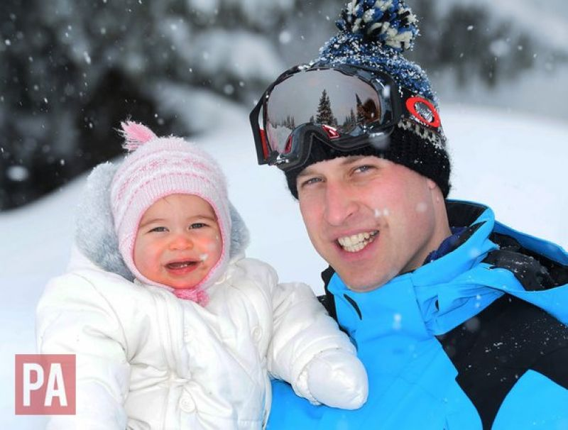 Prince William poses for a photograph with his daughter. (Photo: Twitter)