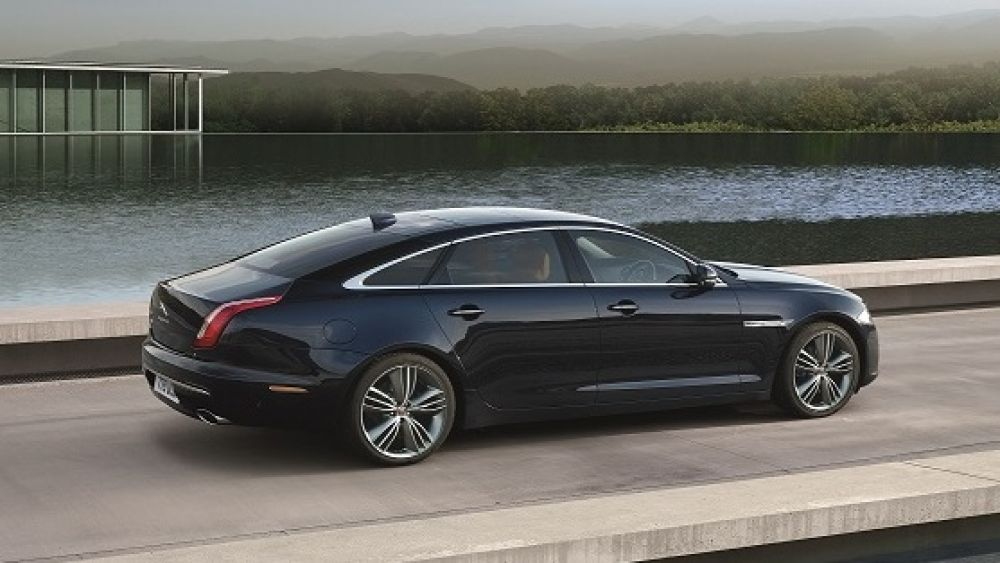 Jaguar Launches New Model Year 2016 Jaguar Xj In India