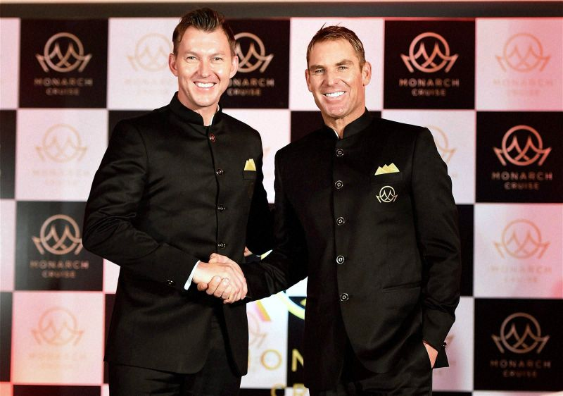 Aussie legends Brett Lee and Shane Warne pose for pictures after the event on Friday. (Photo: PTI)