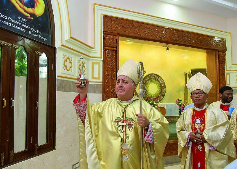 Rev. Salvatore Pennacchio and Archbishop of Hyderabad Rev. Tumma Bala during the 175th anni0versary celebrations of St. Marys basilica church celebrations at Secunderabad. (Photo: DC)