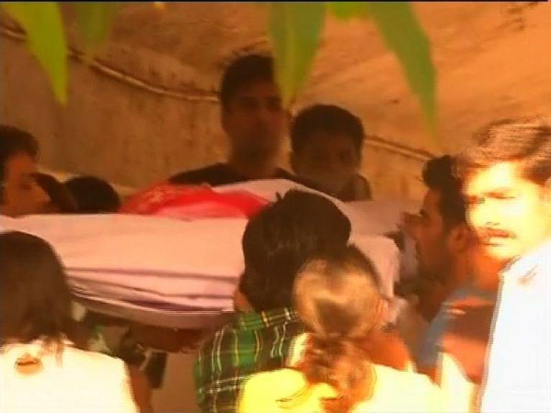 Pratyusha Banerjee's body has been cremated.
