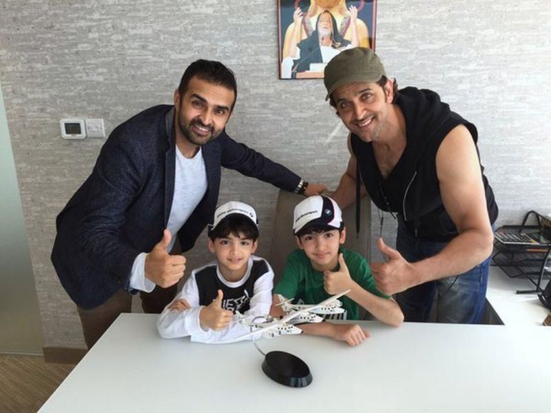 Hrithik Roshans Adventurous Trip With His Sons To Dubai