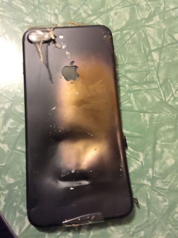 Many believe the exploded iPhone 7 is a clone version.
